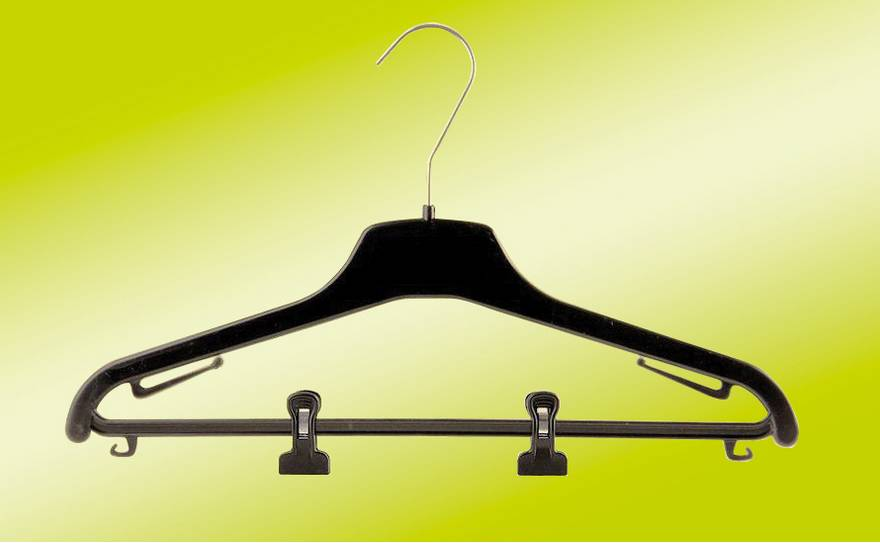 Thin Clothing Hangers for Coats in Plastic