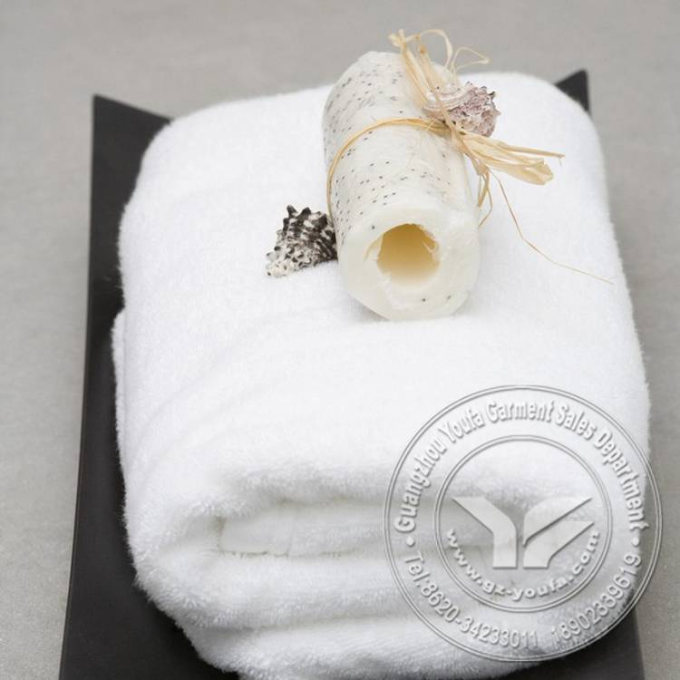 China factory price bath plain towel in stock