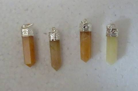 Yellow Aventurine Pointer Pendent
