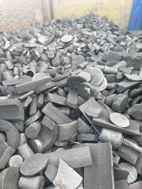 Clean graphite Scrap Graphite Electrodes Lumps with Competitive Price
