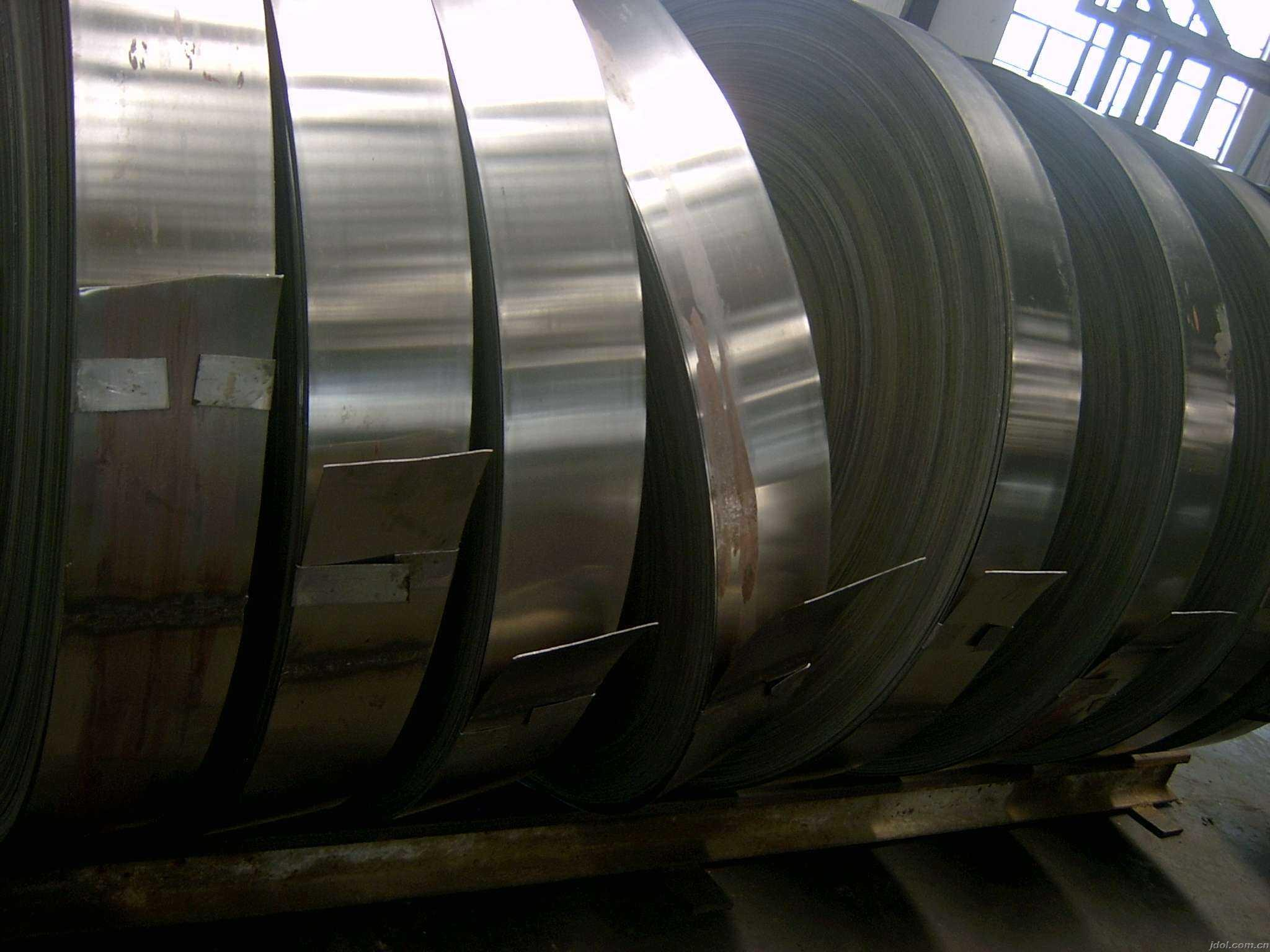 100mm width hot dipped galvanized steel strip