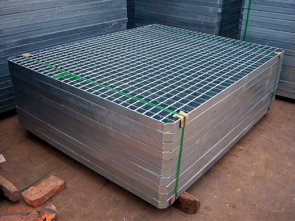 SUNNY Galvanized Expanded Metal Grid