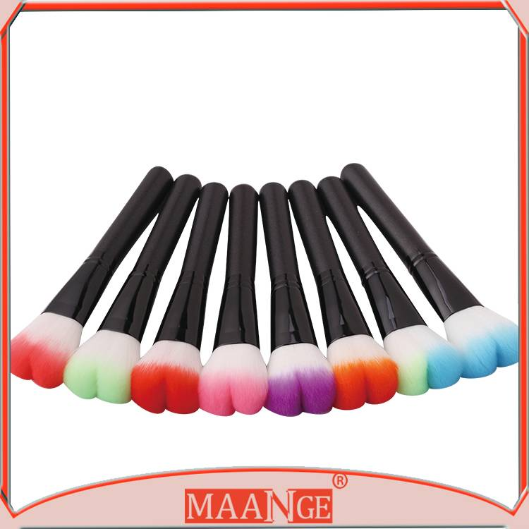 MAANGE Colorful Heart-shaped Rouge Brush Cosmetic Brushes Tools