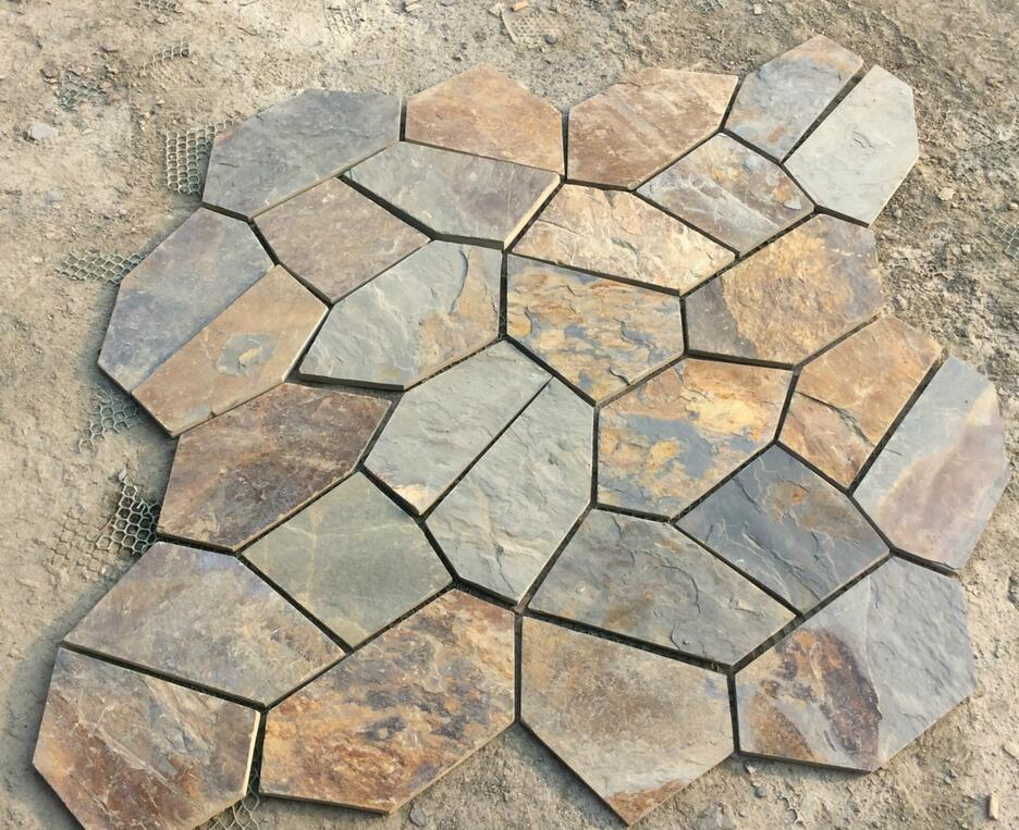Rusty slate stone mesh paving stone