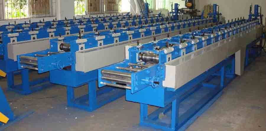 YX19-76 Shutter Door Roll Forming Machine