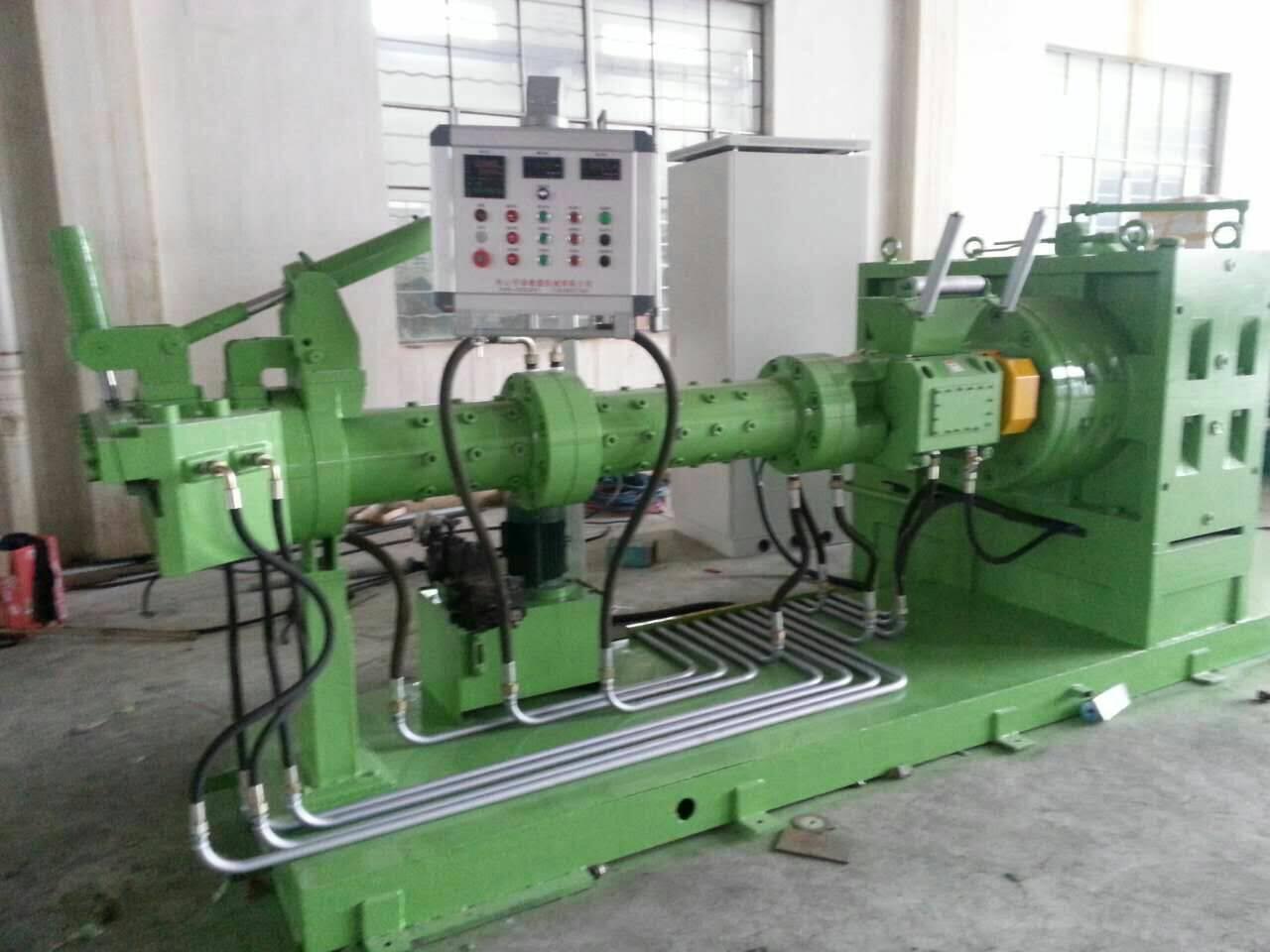 Cold feeding rubber extruder machine