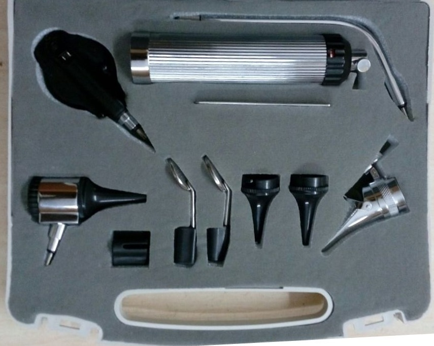 Opthalmoscope with ENT set