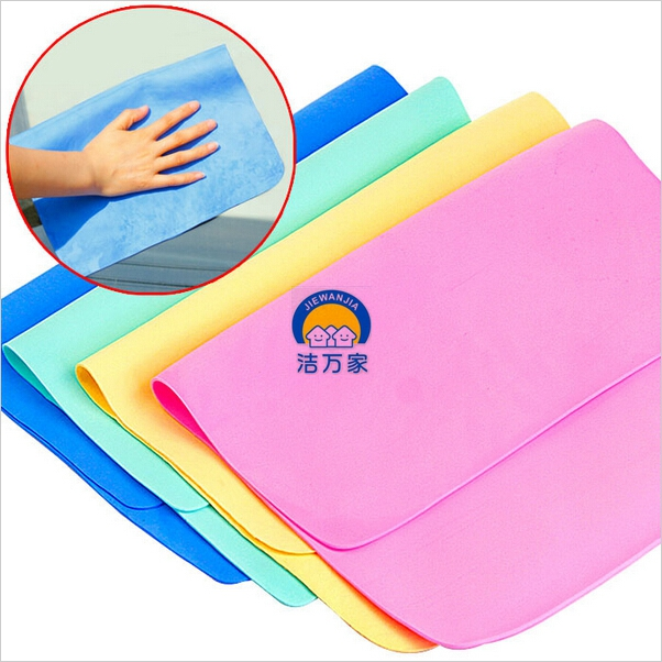 Synthetic lint-free chamois leather towel