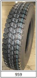 truck tire                st959