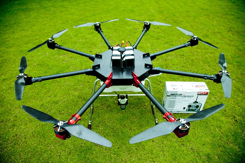 UAV 8 axis 10KG Agriculture Spraying Drone China factory