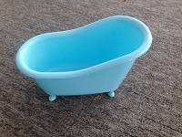 Plastic mini bathtub