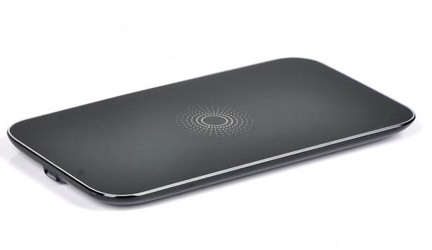 Hot sale promotional gift super slim QI wireless charger receiver for mobile phone