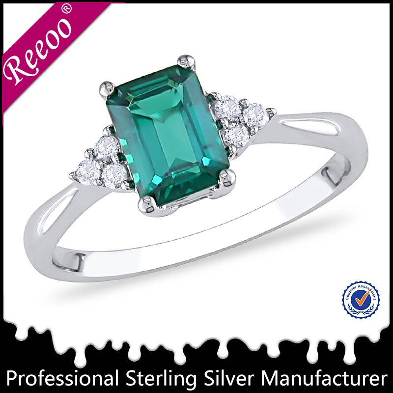 New women ring design Sterling silver emerald ring