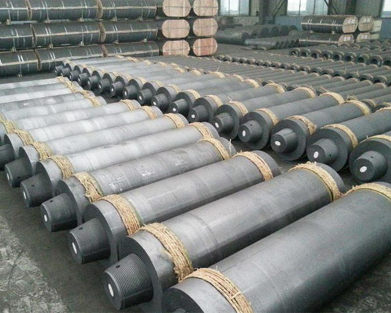 UHP Graphite Electrode For Steel Making With Low Consumption Rate,Low Consumption Graphite Electrode