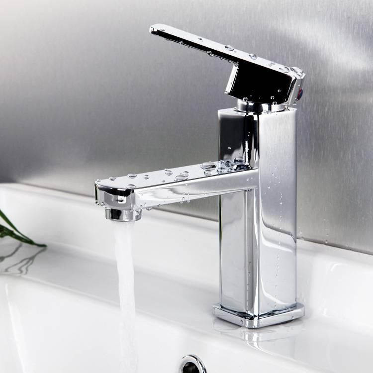 High Quality Brass Square Basin Faucet