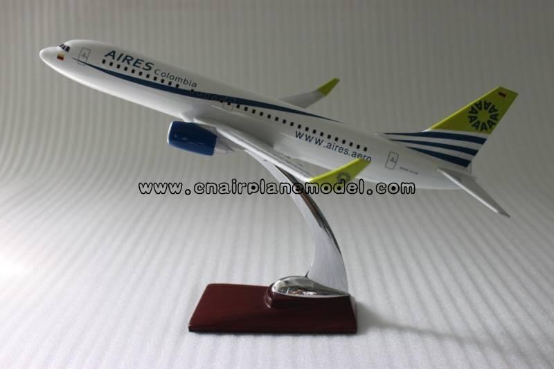 model plane B737-800 Columbia