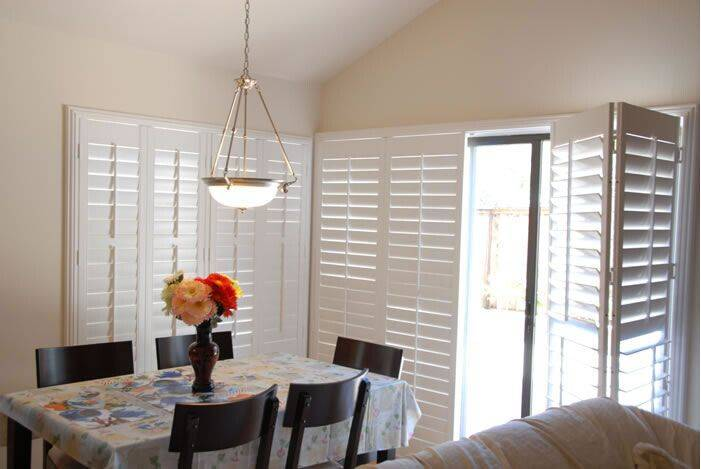 Popular wooden window shutters from China