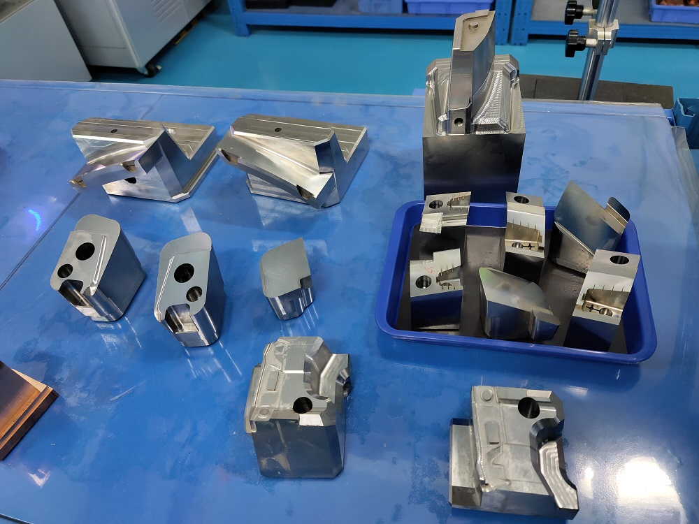 Chinese factory of precision mold parts and mold components
