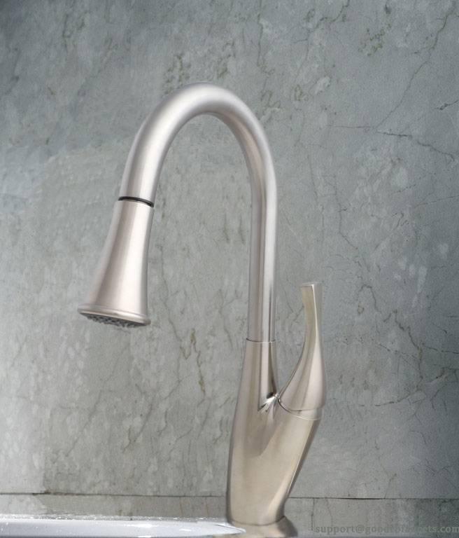 One-handle Kitchen Faucet with SUS 304 Spout