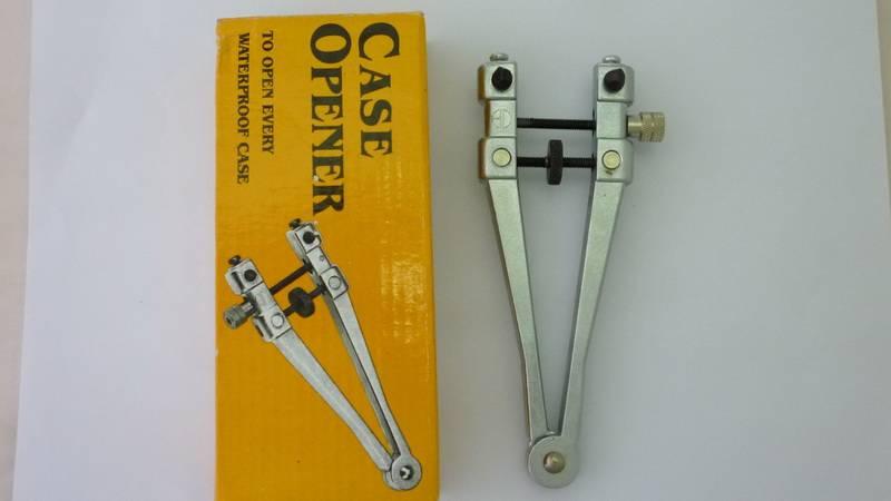 watch Case opener