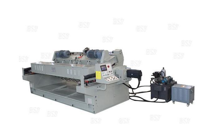 spindless veneer peeling machine