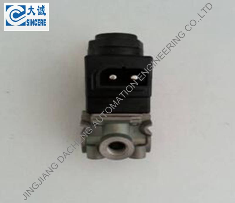 Solenoid valve 1594344 / 3986621 / 1589340 / 1610566 / 1614305 / 3962640 / 8143017