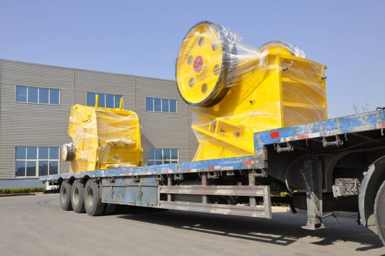 Portable Mounted Tractor Mobile Jaw Crusher