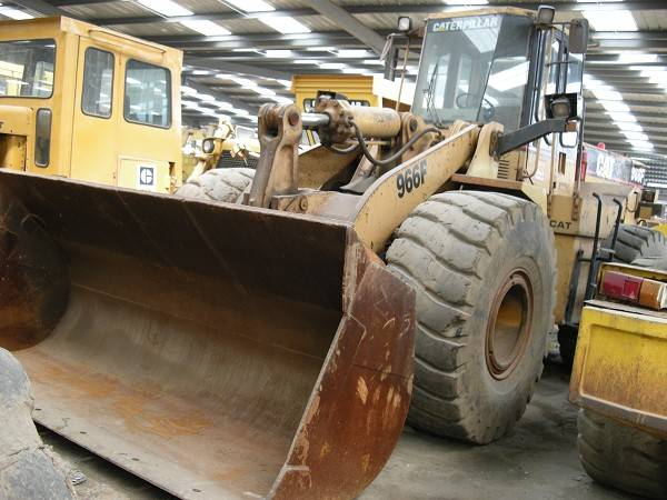 USED 966F CATERPILLER WHEEL LOADER/GOOD CONDITION FOR SALE