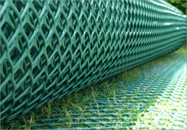 Slip-Resistant Grass Protection and Turf Reinforcement Plastic Mesh Grid