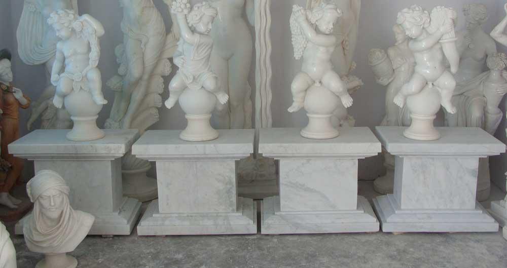 four cherubs