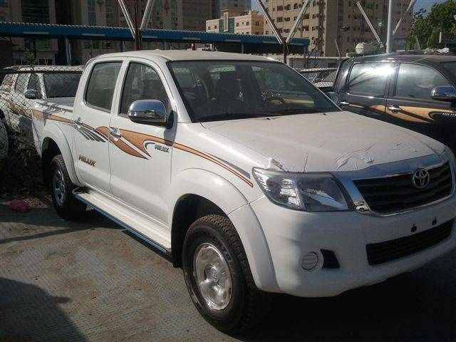Toyota Hilux 2.5L Diesel, Manual Transmission, Double Cabin 4x4. Brand new, model 2013.
