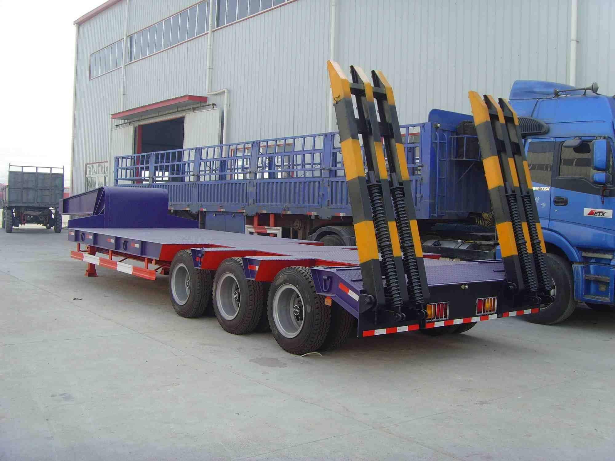 lowbed semi trailer truck 3-axle, 2-axle