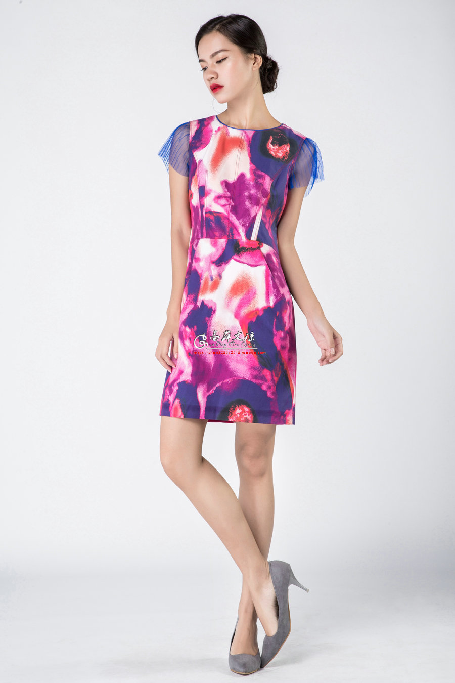 Gaoping  Wenqiong G1605 women silk pattern printed round neck short sleeve dress