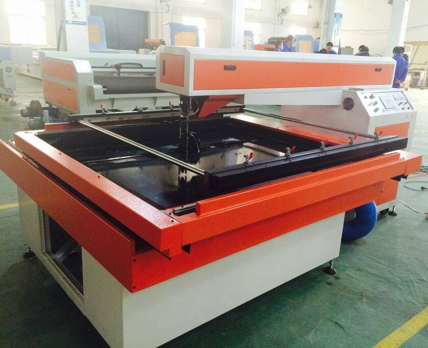 double laser head opposed cutting die board MDF lase cutting machine