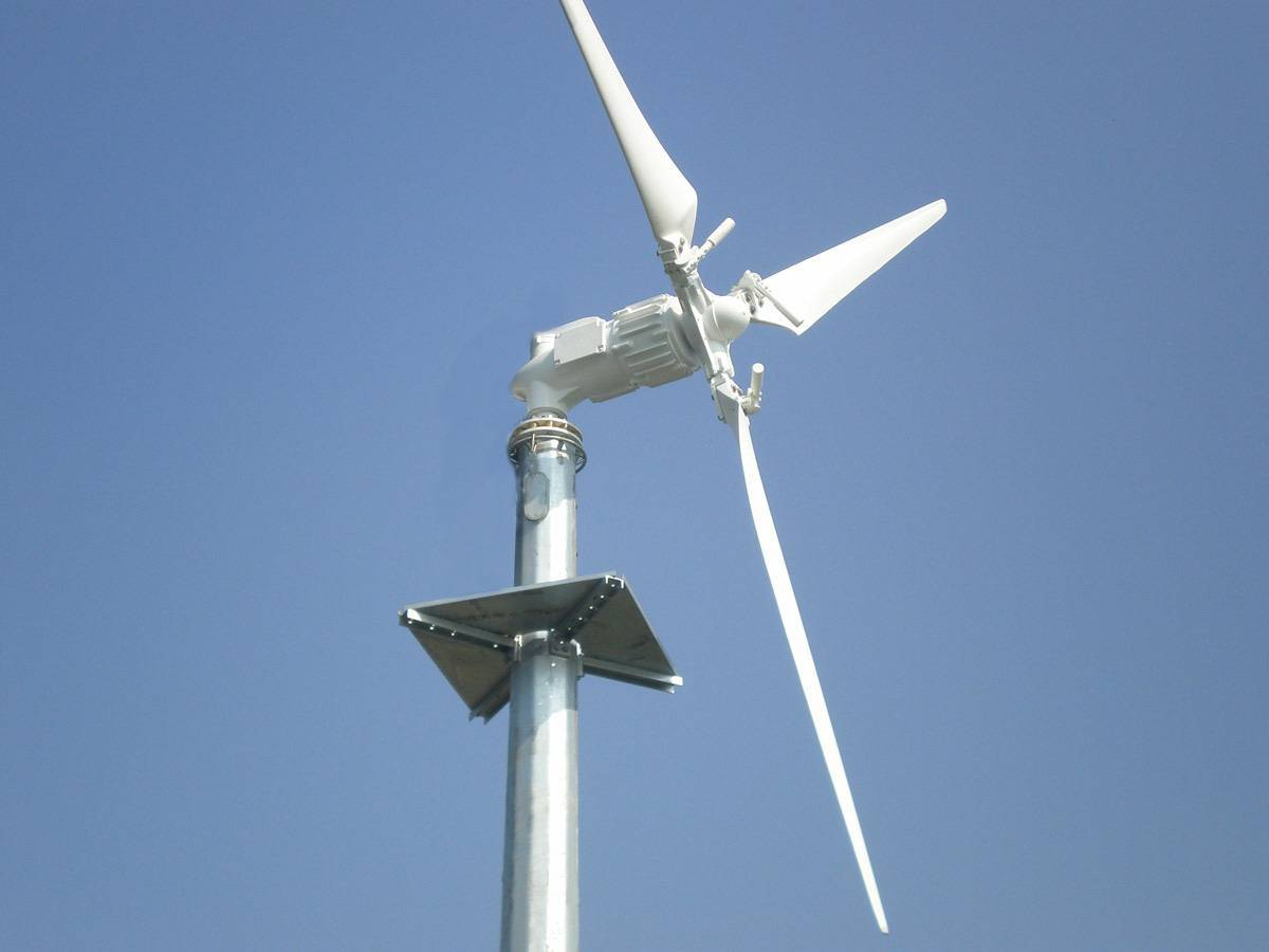 2kw Downwind Variable Blades Pitch Controll Wind Turbine