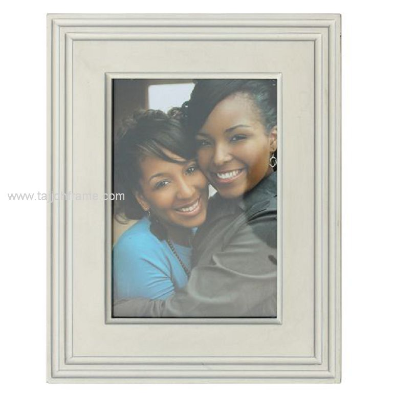 High Quality Wide Linear Wooden Photo Frame