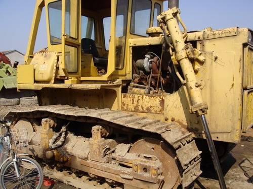 used komatsu D85-18 bulldozers with ripper