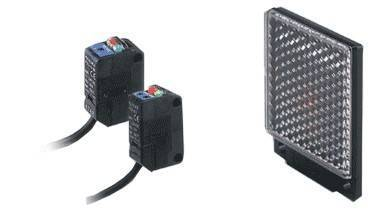 PZ2 Series Self-contained Photoelectric Sensors