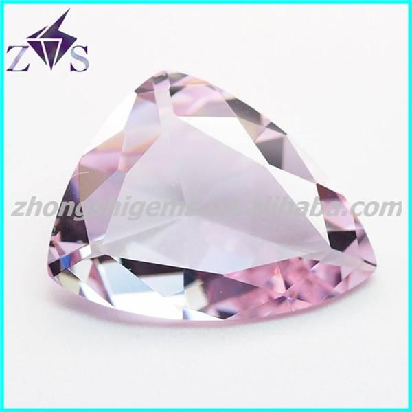 Manufacturing Fancy Cut Cubic Zirconia Stone