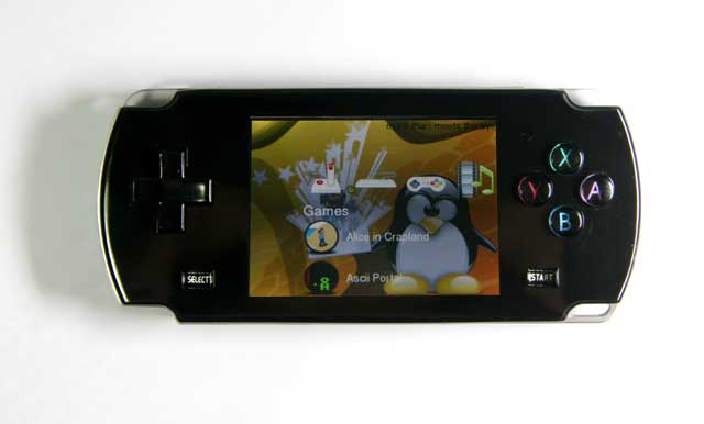 2. 8 inch color LCD Portable Game Player MP4/MP3