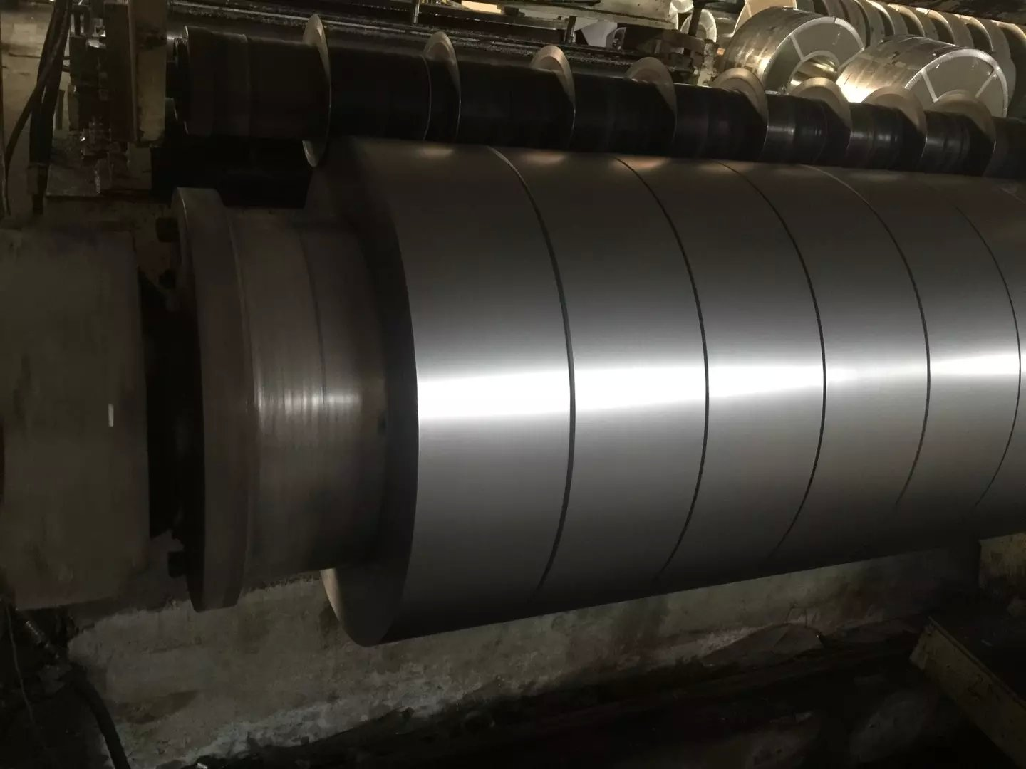 SS400 Q235 Q345 hot dipped galvanized steel strip/GI strip