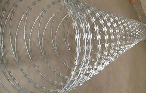 Hot-Dipped Galvanized Concertina Razor Wire (BTO-22, BTO-30)