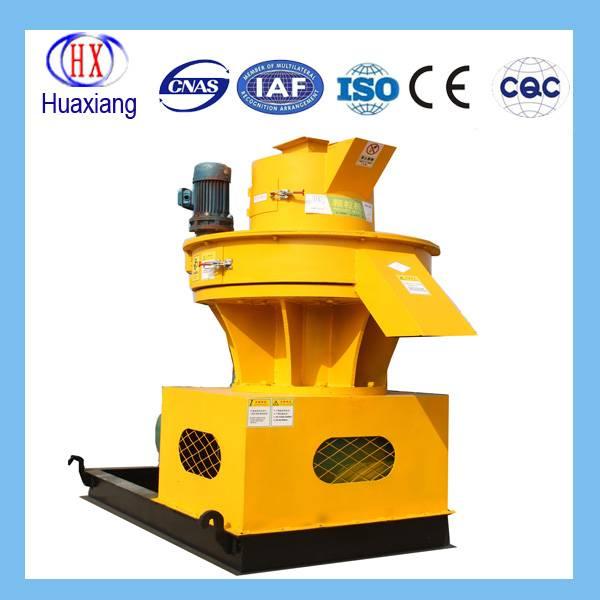 Low price pellet mill / complete wood pellet line / Wood pellet machine for sale