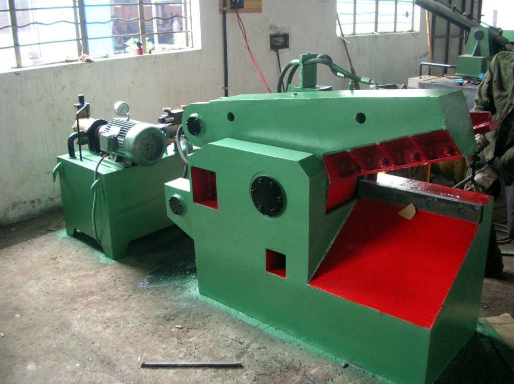 Q43 series hydraulic metal shearing machine