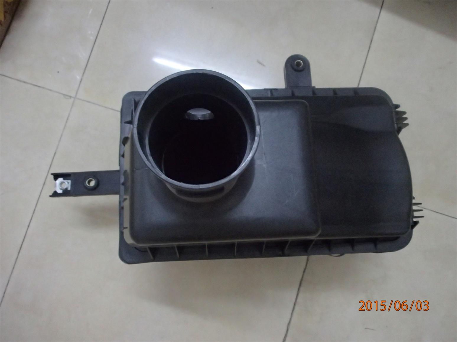 Toyota Hiace 2014 New Air filter Box Air clearner Assy 17700-30260