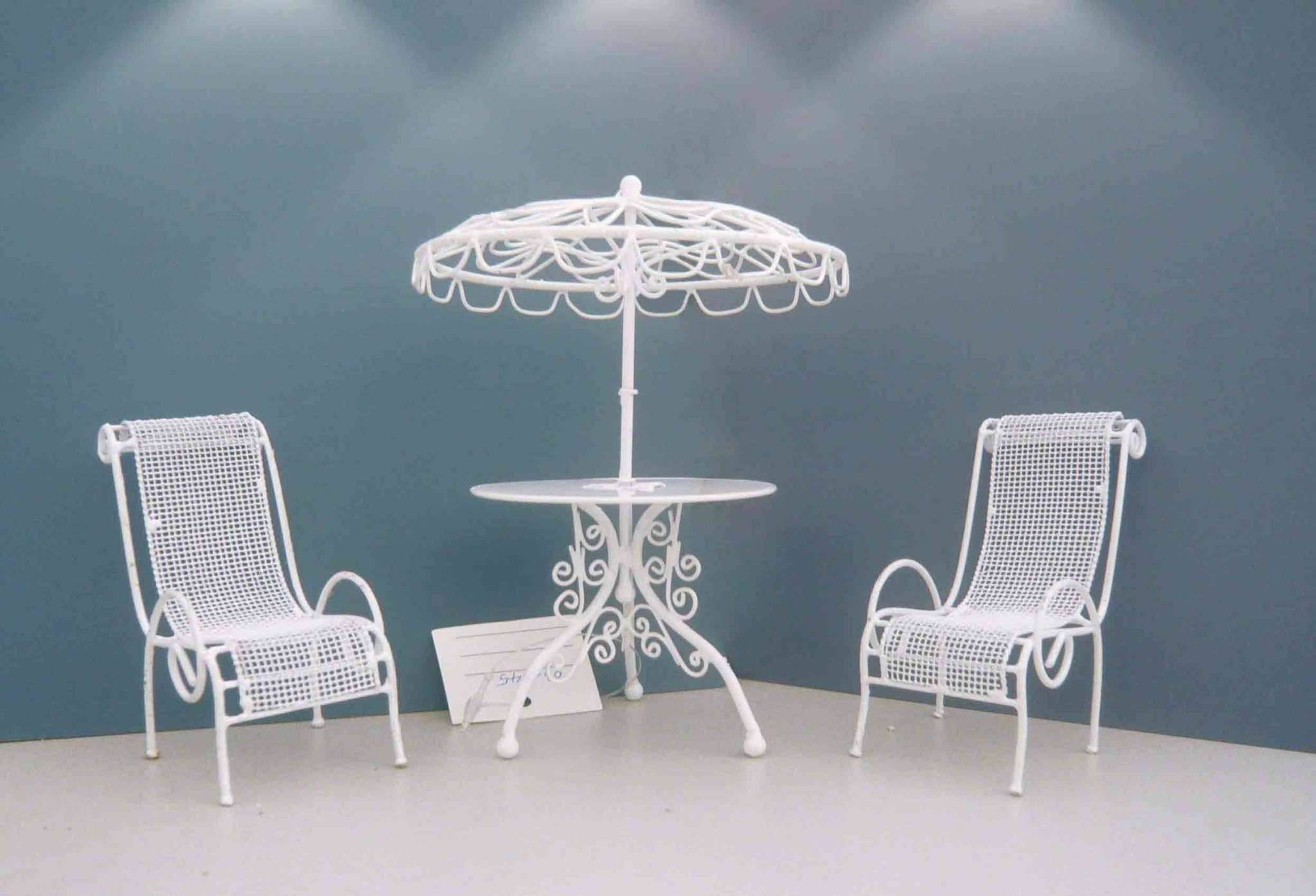 POWDER COATING-CHAIR AND TABLE