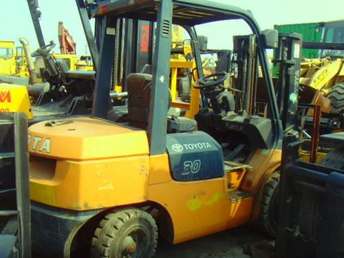 Forklift Toyota FD30(used)