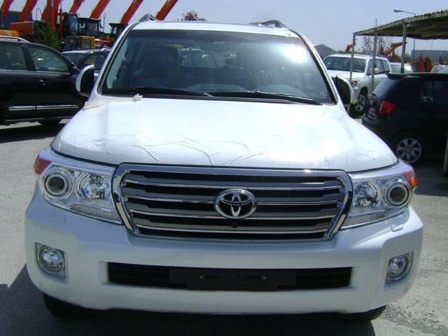 New Shape Toyota Land Cruiser VX 4.6 LT Petrol AT - MPID1782