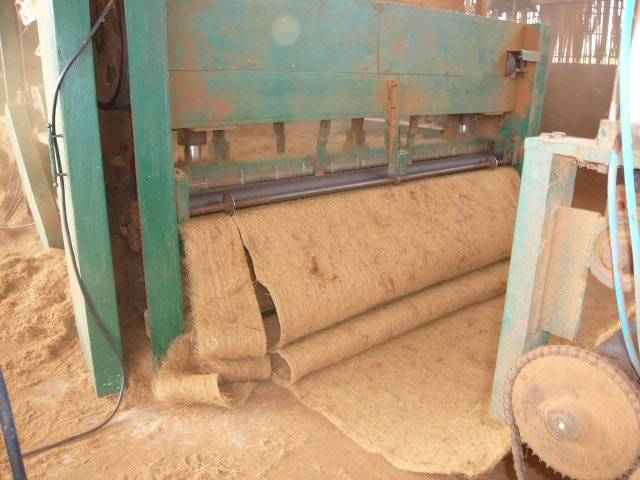 Sting machine (coir sheet machine-3).