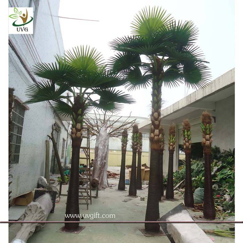 UVG PTR003 22ft tall fake palm tree with fan leaves in dubai for park landscaping outdoor use